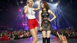 Taylor Swift Ft. Cher Lloyd - Want U Back (DVD The RED Tour) Bônus-0