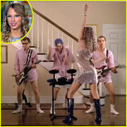 Taylor-swift-band-hero-commercial