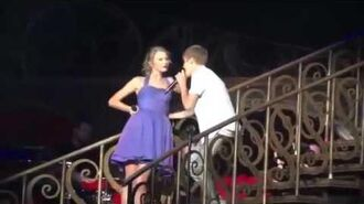 Justin and Taylor perform Baby at Staples Center August 23, 2011