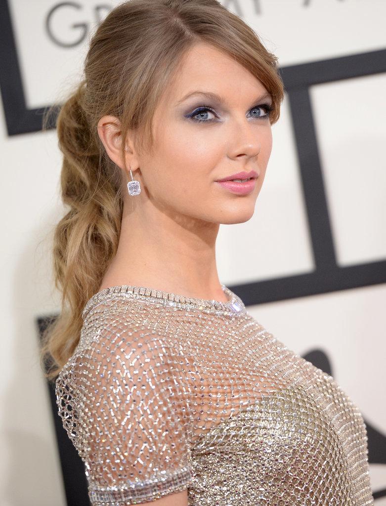 Taylor Swift Haircut Grammys Cframe