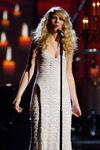 Taylor Swift - 2008 American Music Awards (37)