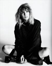 Taylor Swift - reputation - Album photoshoot (11)