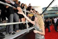 Taylor Swift - 2008 American Music Awards (32)
