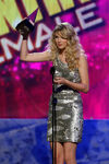 Taylor Swift - 2008 American Music Awards (48)