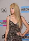 Taylor Swift - 2010 American Music Awards (14)