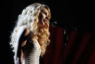 Taylor Swift - 2008 American Music Awards (41)
