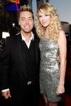 Taylor Swift - 2008 American Music Awards (24)
