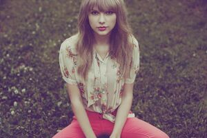 Taylor Swift - Red - Album photoshoot (39)