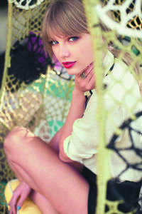 Taylor Swift - Red - Album photoshoot (10)