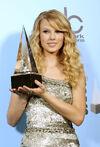 Taylor Swift - 2008 American Music Awards (63)
