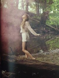 Taylor Swift - Red - Album photoshoot (13)