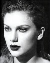Taylor Swift - reputation - Album photoshoot (4)