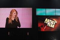 Taylor Swift - 2009 American Music Awards (4)