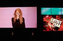 Taylor Swift - 2009 American Music Awards (5)