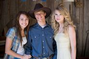 Taylor Swift in Hannah Montana The Movie - Behind the scenes (2)