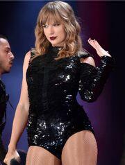 Taylor-Swift-Reputation-Tour-Costumes