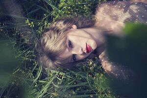 Taylor Swift - Red - Album photoshoot (44)