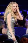 Taylor Swift - 2008 American Music Awards (43)
