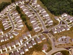 Cincinnati-suburbs-tract-housing