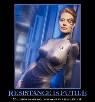 Jeri-Ryan-seven-of-nine-7-of-9-star-trek-Voyager-borg-demotivational
