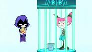 Ravena rindo de Jinx por estar na prisão