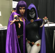 Tara Strong with fan at Stan Lee Comic Con2
