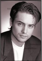 Studio-Pose-will-friedle-16403686-328-480