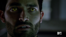 4x05 Derek yellow eyes