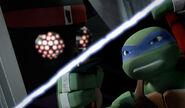 Leonardo Versus Foot Bot