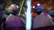 TMNT 2012 Michelangelo-22-