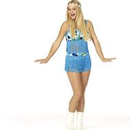 Mollee-gray-reacts-to-teen-beach-2-premiere-date