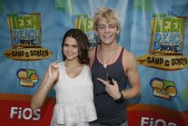 Ross-lynch-maia-mitchell-teen-beach-movie-4