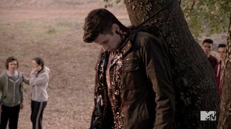 Teen Wolf Season 3 Episod 4 Unleashed Jesy McKinney Kyle Dead