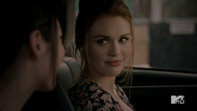 Teen Wolf Season 4 Episode 2 117 Lydia at the Gas Station