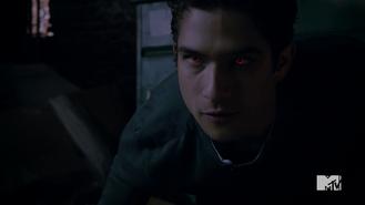 Teen Wolf Season 5 Episode 3 Dreamcatcher Scott catches Tracy scent