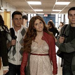 Pour que les autres puissent emmener Lydia chez lui