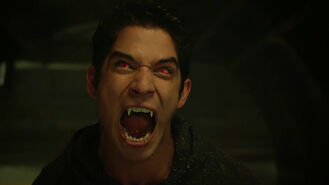 Tyler-Posey-Scott-Alpha-eyes-Teen-Wolf-Season-6-Episode-8-Blitzkrieg