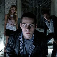Stiles, Erica et Isaac surveillent Jackson