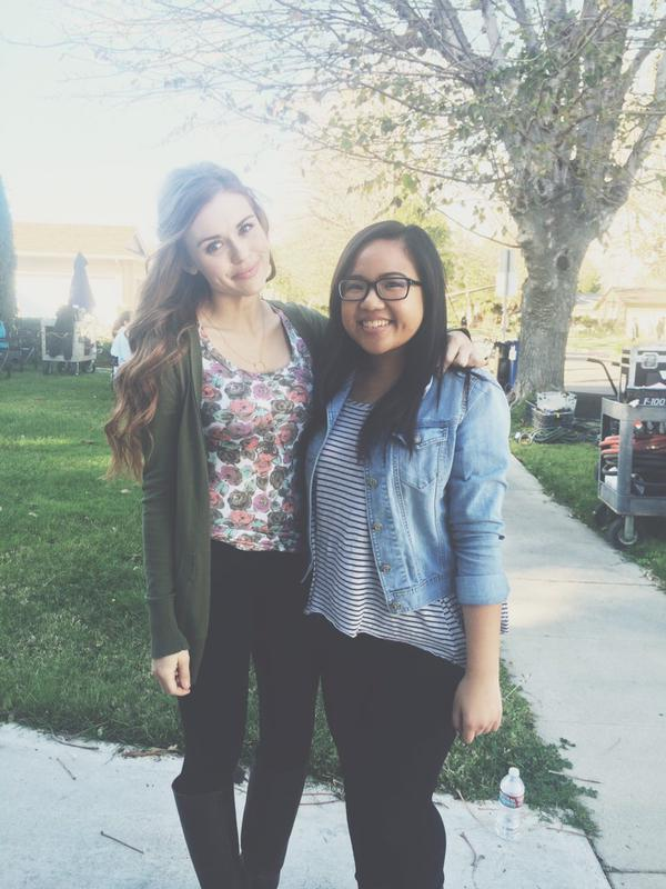 Teen Wolf Season 5 Behind the Scenes Holland Roden with fan location unknown 022415