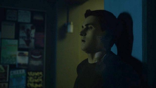 Michael-Johnston-Corey-camo-Teen-Wolf-Season-6-Episode-2-Superposition.jpg