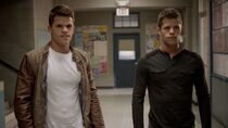 Teen Wolf Season 3 Episode 4 Unleashed Charlie Carver Max Carver Alpha Twins