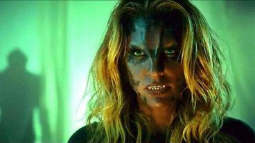 Kate Argent als Werjaguar