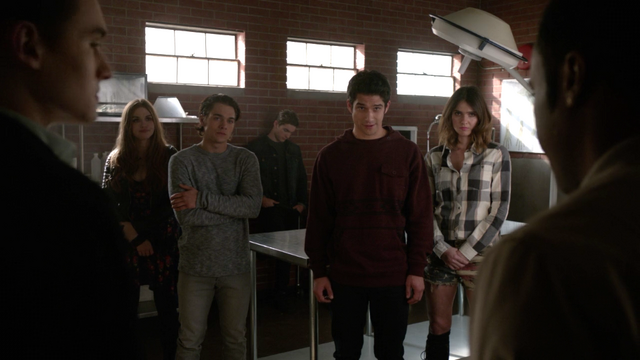 File:Tyler-Posey-Shelley-Hennig-Holland-Roden-Dylan-Sprayberry-Cody-Christian-Scott-Malia-Lydia-Liam-Theo-Teen-Wolf-Season-6-Episode-15-Pressure-Test.png