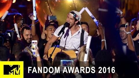 Tyler Posey's 'Power Rangers' Theme Song Cover Fandom Awards 2016 MTV