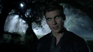 Pete-Polszek-Garrett-Douglas-green-eyes-Teen-Wolf-Season-6-Episode-7-Heartless