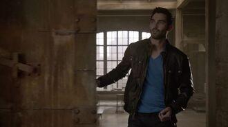 Derek leaving loft
