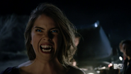Teen Wolf Season 4 Episode 401 The Dark Moon Malia bares fang
