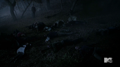 Teen Wolf Season 4 Episode 6 Orphaned feild of dead bodies