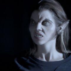 Cora als Werwolf