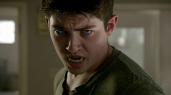 4x02 young derek at cllinic